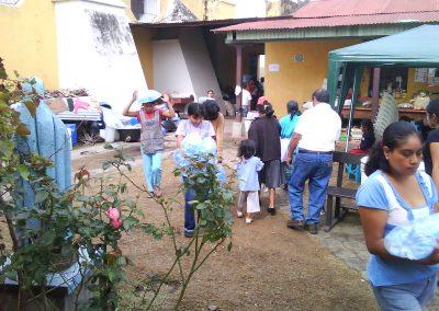 donacin_de_agua_pura_ciudad_vieja_antigua_guatemala_20111124_1250038494