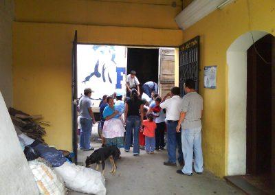 donacin_de_agua_pura_ciudad_vieja_antigua_guatemala_20111124_1269829750