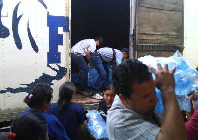 donacin_de_agua_pura_ciudad_vieja_antigua_guatemala_20111124_1938568702