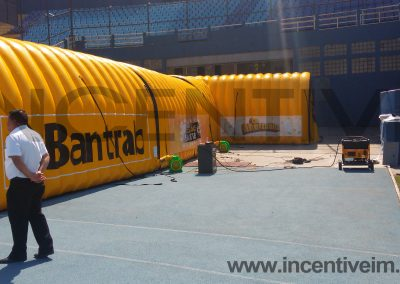 TUNEL BANTRAB ESTADIO - INCENTIVE INFLABLES